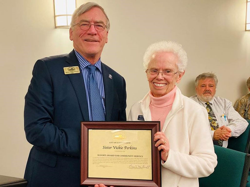 SCL receives Mayoral Award